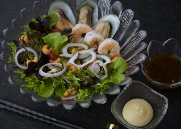 กินมื้อเย็นลดอ้วน ต้องมากินที่ร้านCruise Restaurant อิซากายะ ซอยธนิยะ