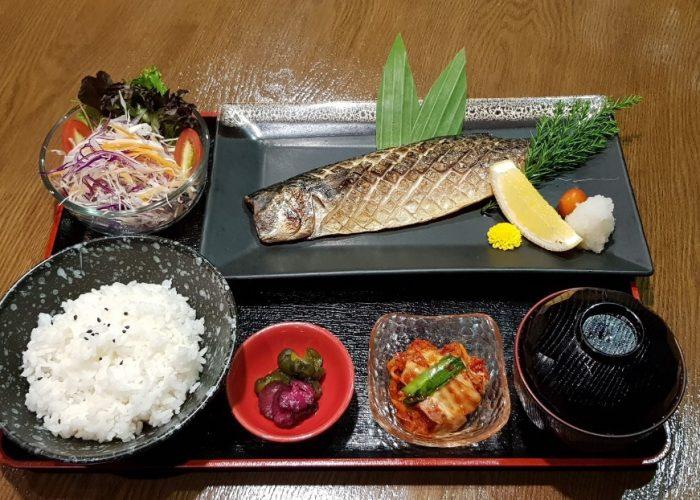 เมนูปลาสุกๆ เพิ่มสุขกันที่ ร้านCruise Restaurant ถ.สีลม ซ.ธนิยะ