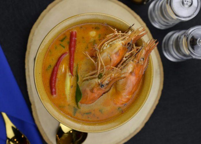 ร้านCruise Restaurant ซอยธนิยะ ถนนสีลม กับเมนูอาหารแก้หวัดสุดอร่อย