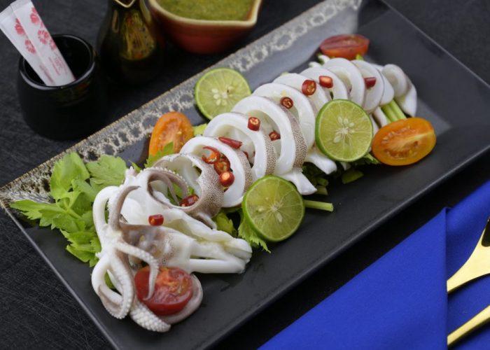 อาหารสุดแซ่บอร่อยกว่าใคร ที่ร้านอาหารญี่ปุ่นCruise Restaurant ถนนสีลม