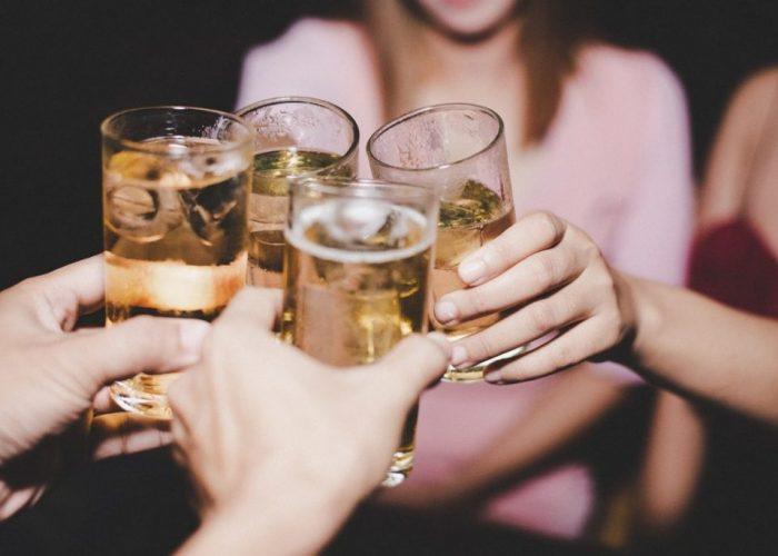 ดื่มแอลกอฮอล์เพื่อสุขภาพ กับร้านCruise Restaurant อิซากายะ ซอยธนิยะ