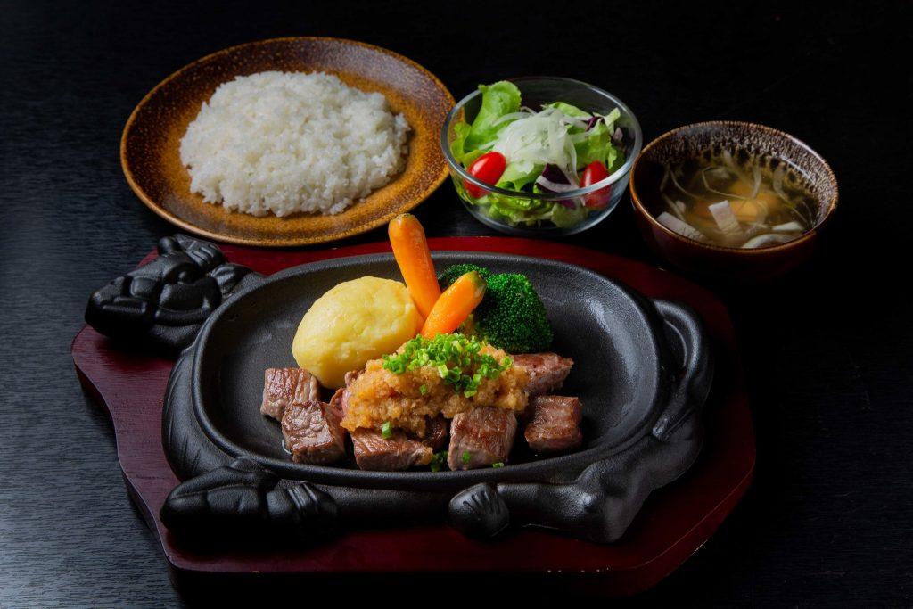 ร้านอาหารญี่ปุ่นครูซ ซอยธนิยะ เมนูเนื้อคู่ กับเนื้อคุณภาพ อร่อยเด็ดใกล้คุณ