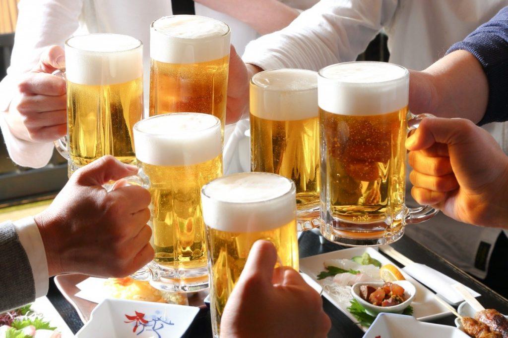 อาหารจานเด็ดคู่กับเครื่องดื่มชิคๆ ณ ร้านCruise Restaurant สีลม ซอยธนิยะ